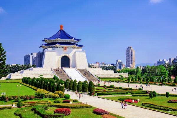 Chiang Kai-shek Memorial Hall - © asiastock